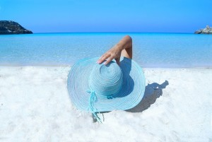 hat-beach